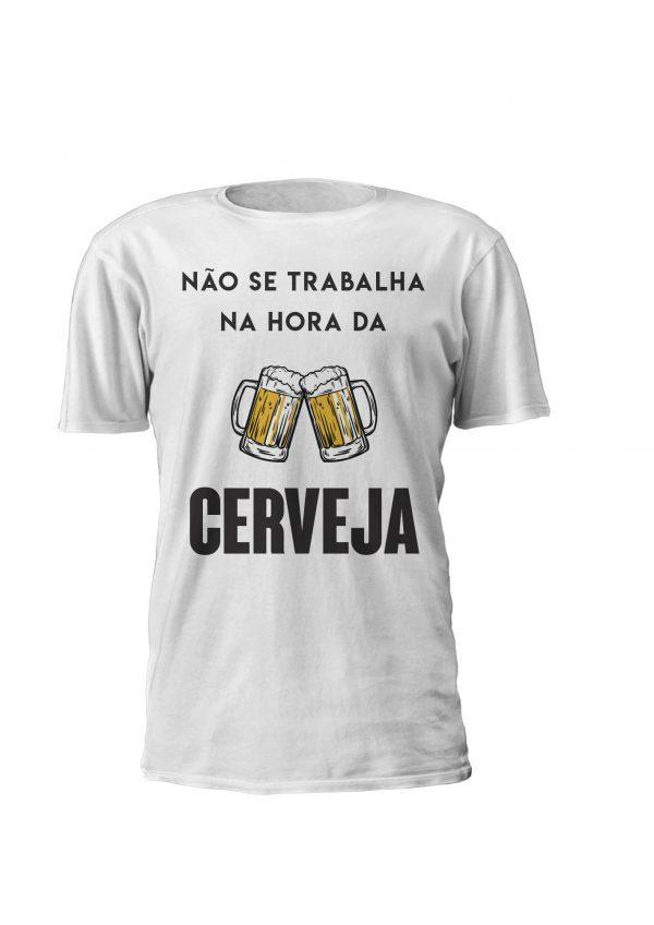 T-shirt personalizada para homem e mulher Não se trabalha na Hora da Cerveja!