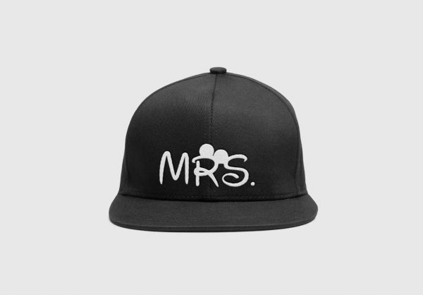 SnapBack Personalizado Mrs, modelo complementar para ele, MR, disponivel em preto, vermelho azul e cinza